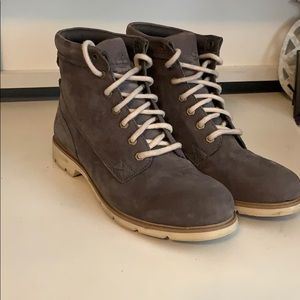 Woman's Timberland Suede boots